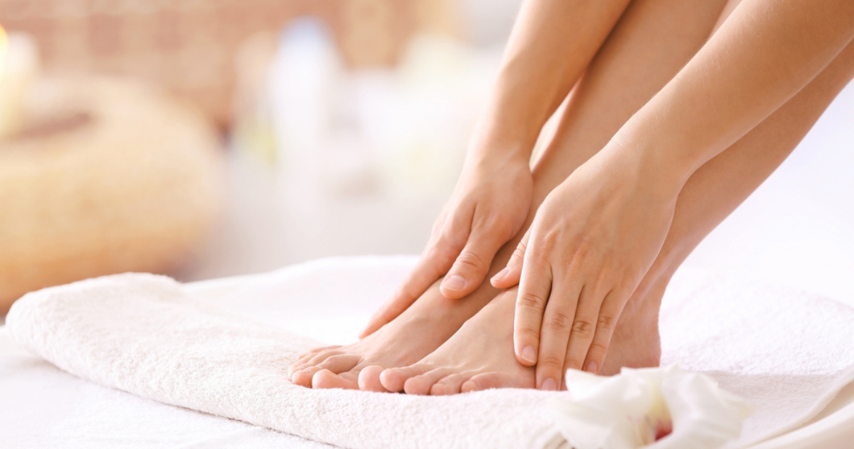 athletes foot prevention by drying feet