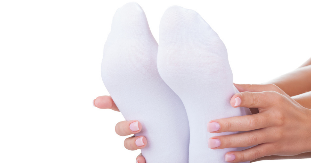 wearing clean socks for athletes foot prevention